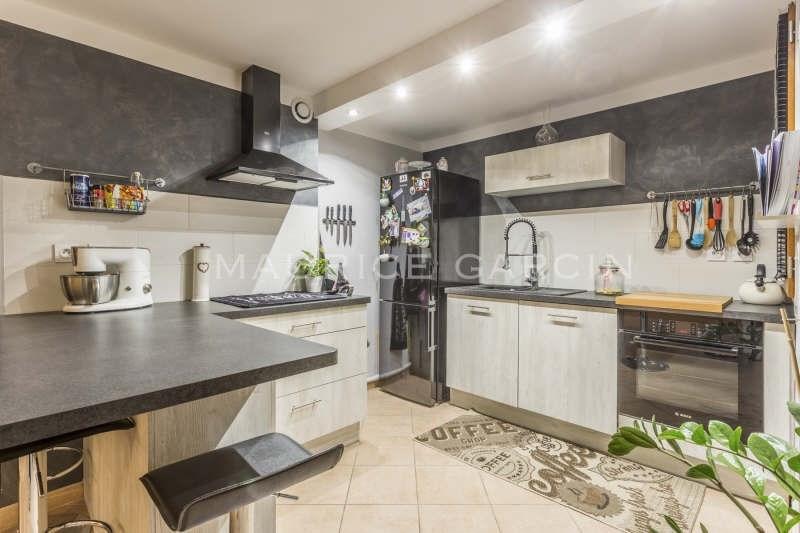 Revenda apartamento Roquemaure 165000€ - Fotografia 4