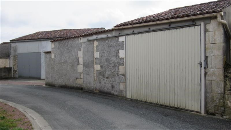 Vente bâtiment Pont-l'abbé-d'arnoult 64 500€ - Photo 1