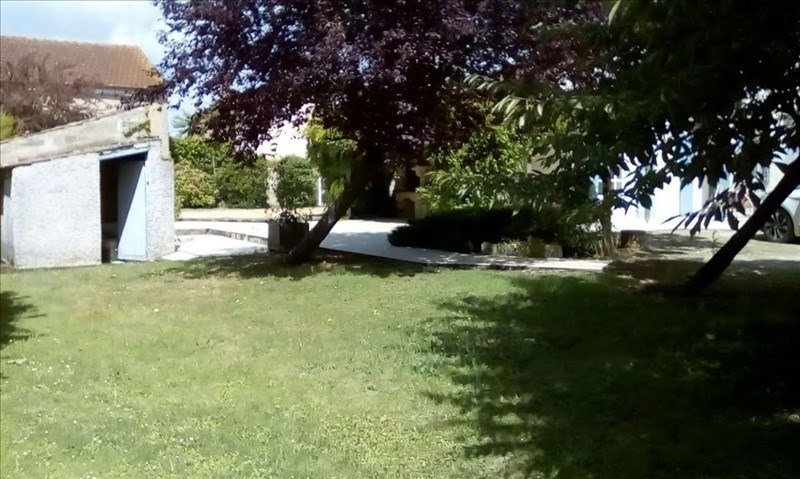 Sale house / villa Nalliers 210000€ - Picture 2
