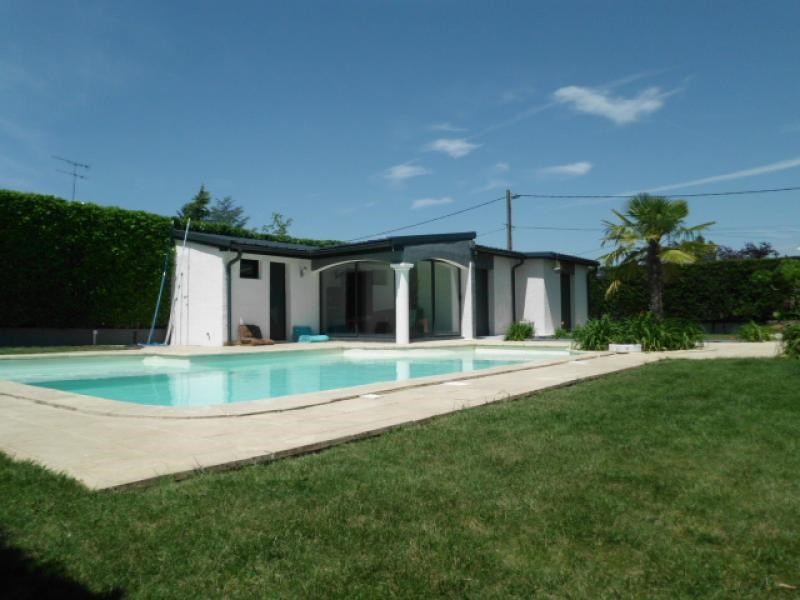 Deluxe sale house / villa Chavanoz 470000€ - Picture 2