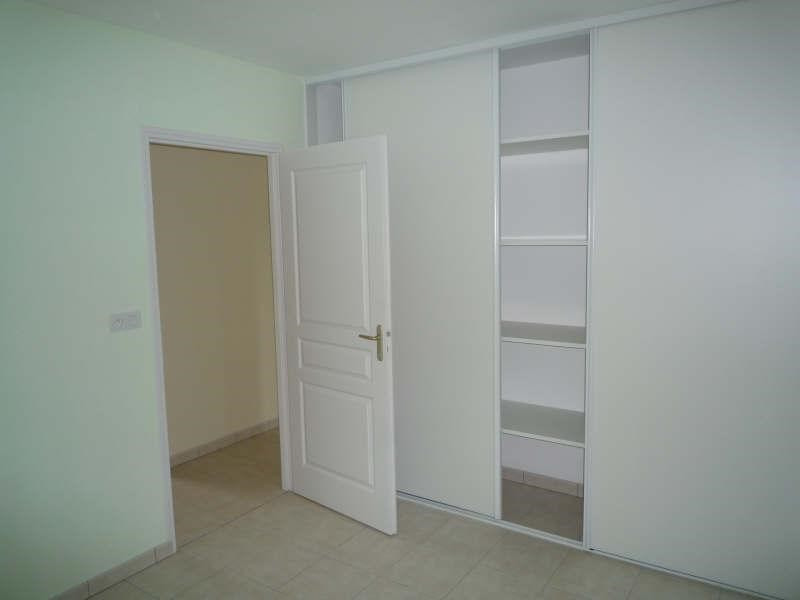 Location maison / villa Vivonne 700€ CC - Photo 6