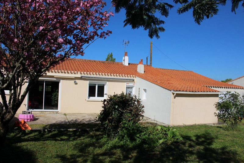 Sale house / villa Vaire 239300€ - Picture 13