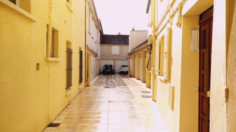 Rental apartment St germain en laye 695€ CC - Picture 1