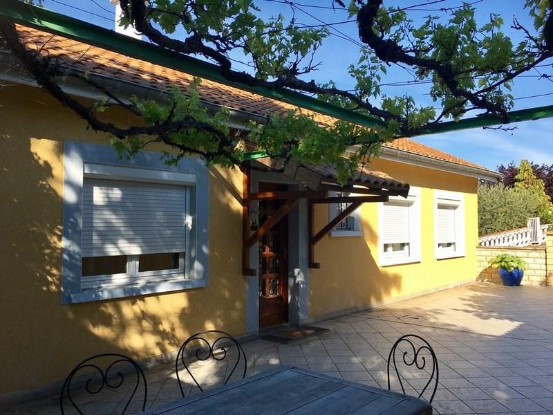 Sale house / villa Cellieu 312000€ - Picture 2