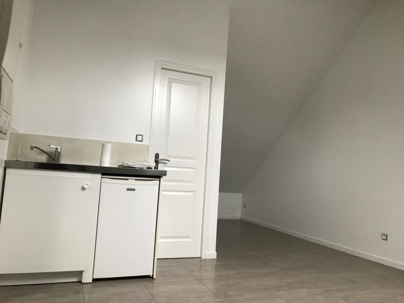 Rental apartment Briis sous forges 410€ CC - Picture 2