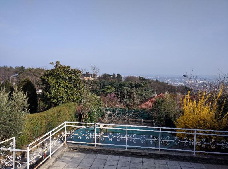 Deluxe sale house / villa Sainte foy les lyon 679000€ - Picture 2