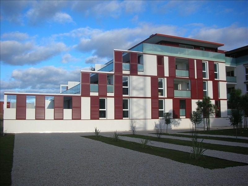 Location appartement Sete 783€ CC - Photo 1