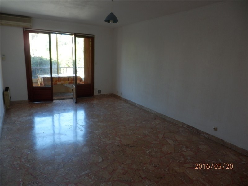 Location appartement Sanary sur mer 475€ CC - Photo 2