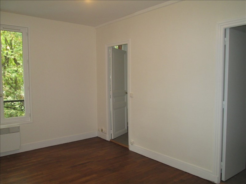 Rental apartment Viroflay 603€ CC - Picture 3
