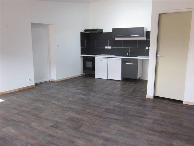 Location appartement Ste pazanne 560€cc - Photo 1