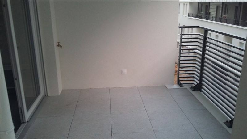 Location appartement Marseille 2ème 690€ CC - Photo 2