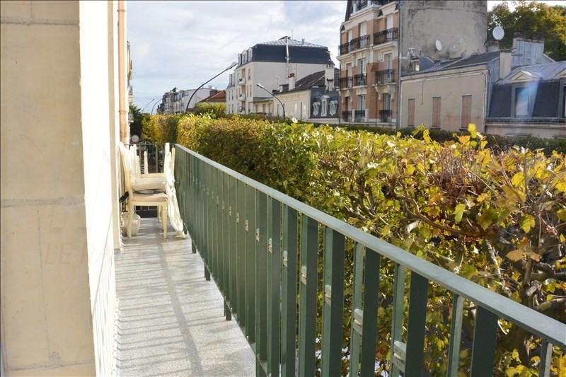 Sale apartment Le raincy 212000€ - Picture 2