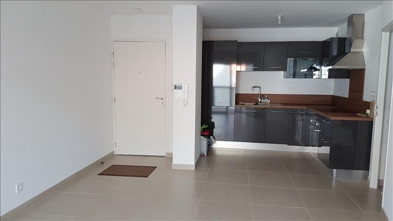 Location appartement Salon de provence 676€ CC - Photo 1