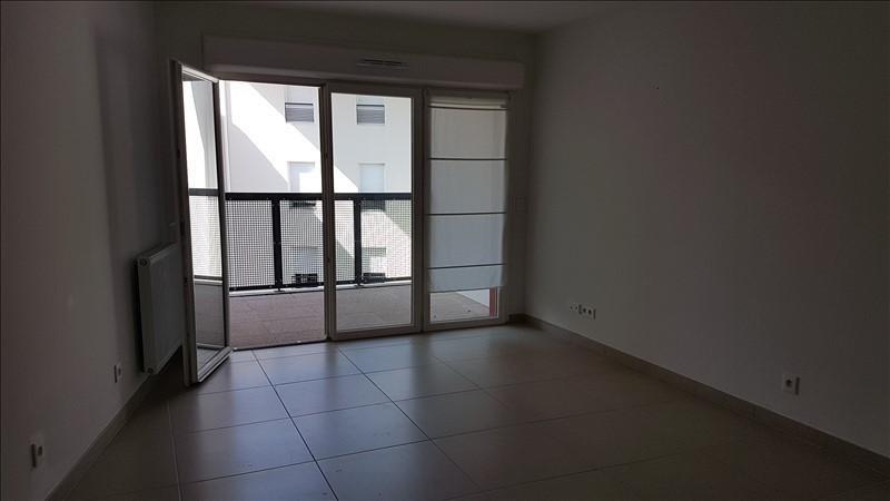 Location appartement Salon de provence 676€ CC - Photo 3