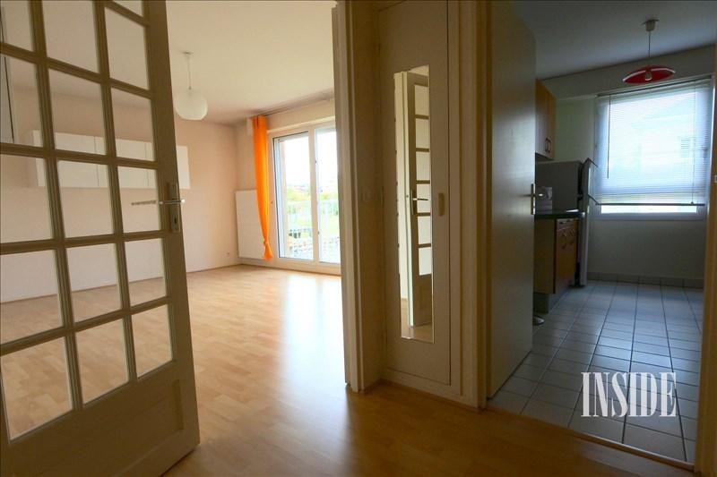 Location appartement Ferney voltaire 1 130€ CC - Photo 2