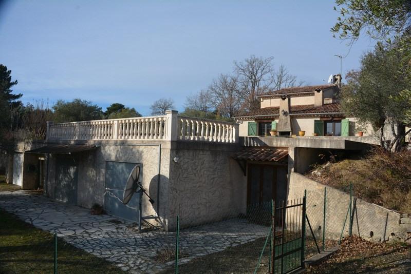 Revenda residencial de prestígio casa Montauroux 470000€ - Fotografia 13