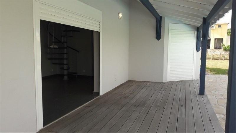 Rental house / villa St francois 1700€ CC - Picture 2