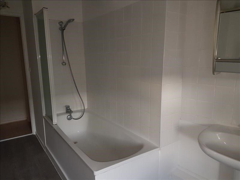 Rental apartment St genis laval 790€ CC - Picture 5