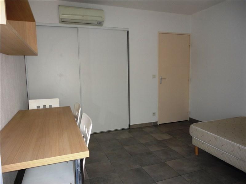 Rental apartment Toulon 400€ CC - Picture 2