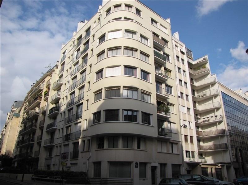 Location appartement Paris 15ème 1350€ CC - Photo 1