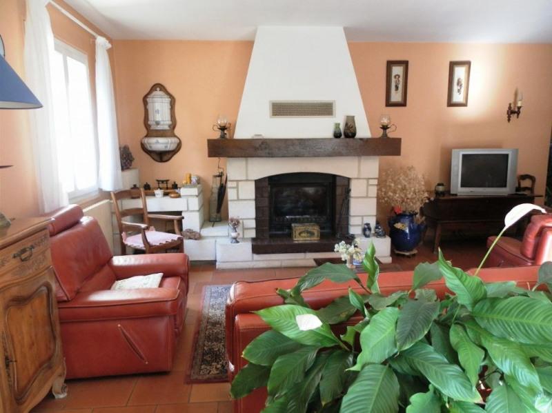 Sale house / villa Villeneuve les avignon 365000€ - Picture 4