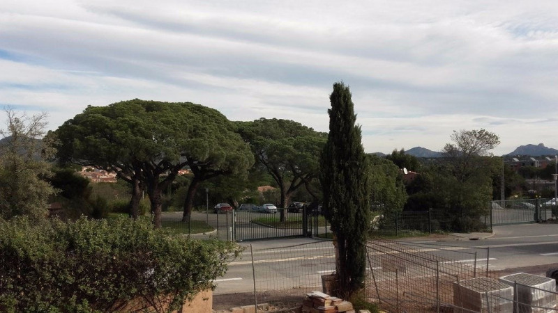 Rental apartment Frejus 907€ CC - Picture 3
