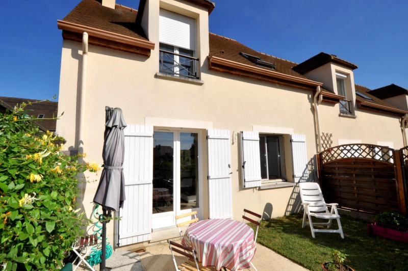 Sale house / villa Dourdan 259000€ - Picture 1