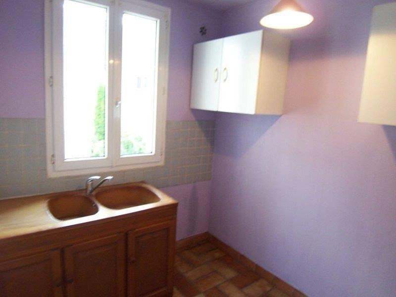Location appartement Troyes 382€ CC - Photo 3