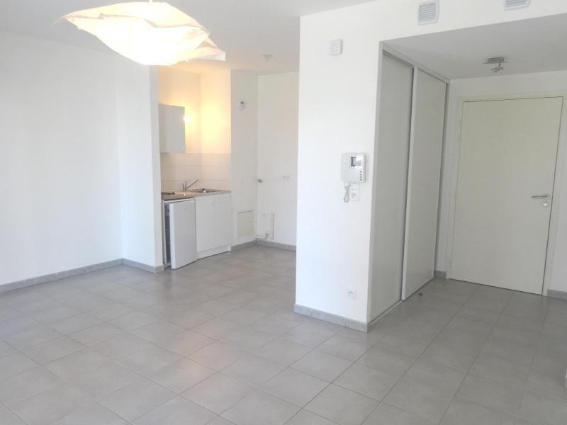 Location appartement Grenoble 660€ CC - Photo 2
