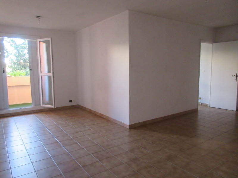 Location appartement Aix-en-provence 910€ CC - Photo 1