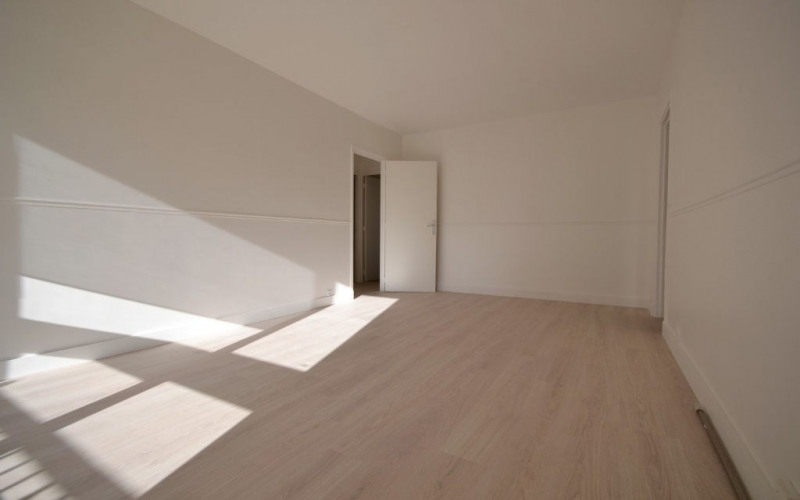Rental apartment Boulogne billancourt 1 250€ CC - Picture 1