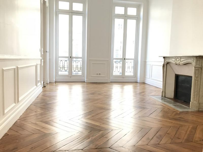 Rental apartment Paris 9ème 4799€ CC - Picture 5