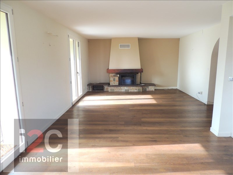 Vente maison / villa Echenevex 890 000€ - Photo 4