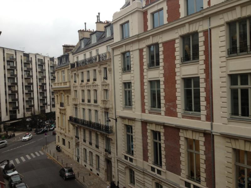 Rental apartment Paris 8ème 3565€ CC - Picture 10