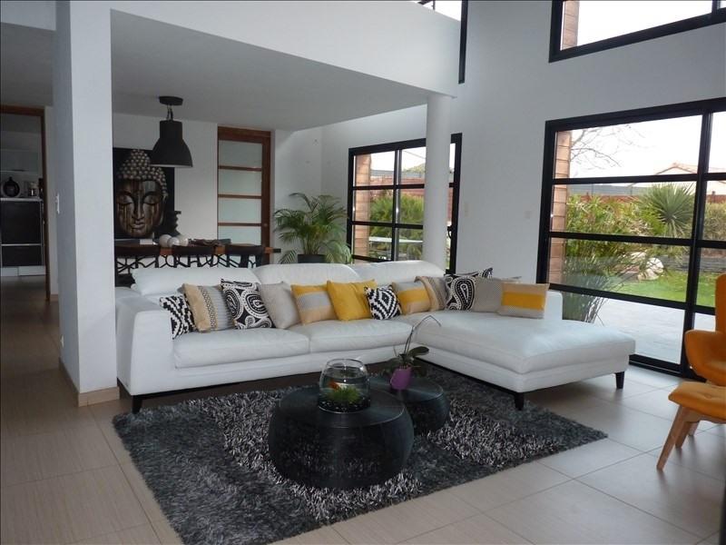 Sale house / villa La roche sur yon 409900€ - Picture 1