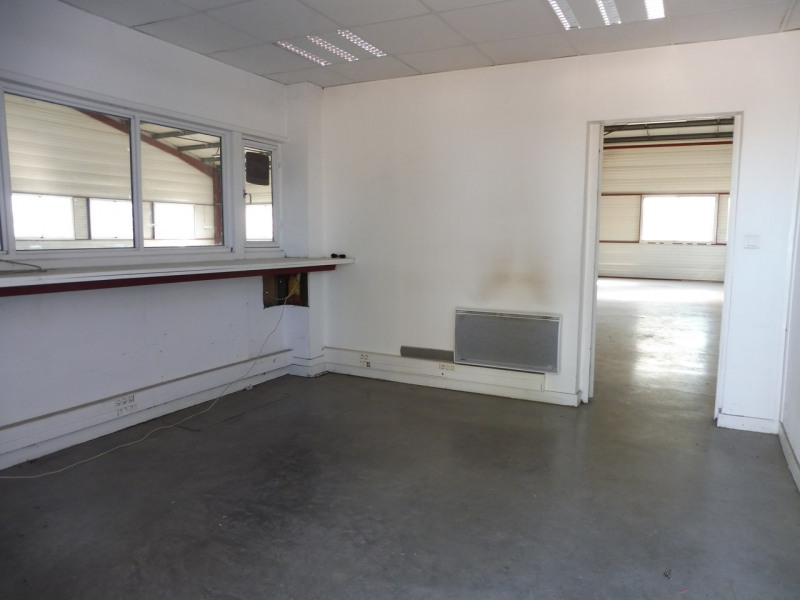 Location boutique Lavilledieu 1 550€ HT/HC - Photo 4