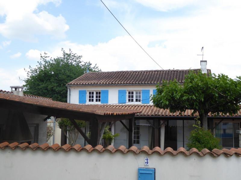 Vente maison / villa Burie 117480€ - Photo 9