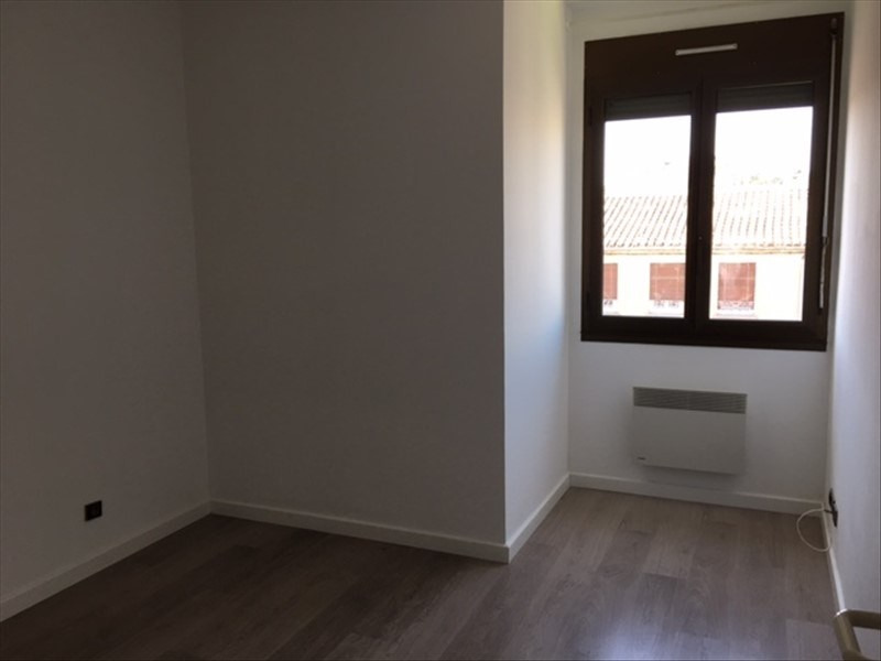 Rental apartment Nimes 936€ CC - Picture 3