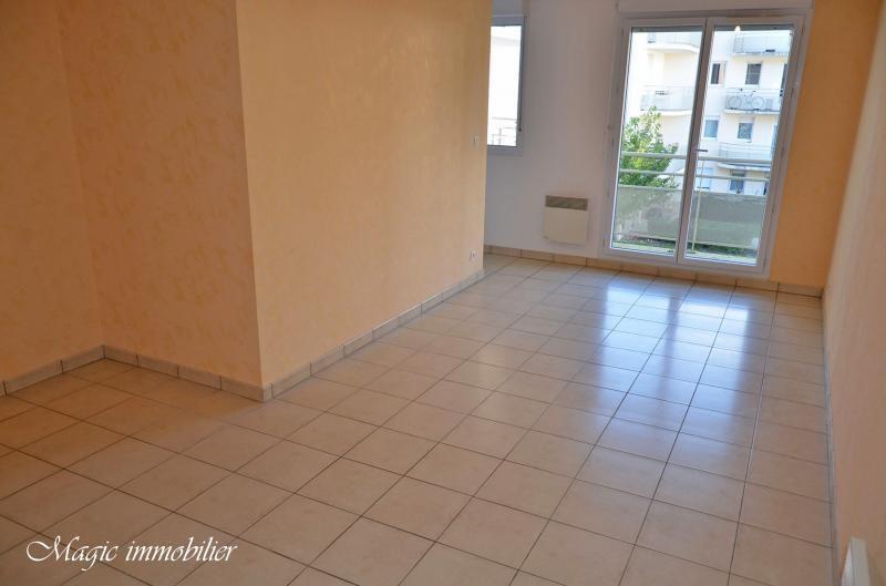Location appartement Bellignat 353€ CC - Photo 2