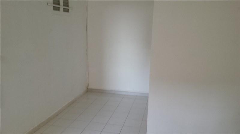 Location appartement Marseille 4ème 395€ CC - Photo 5