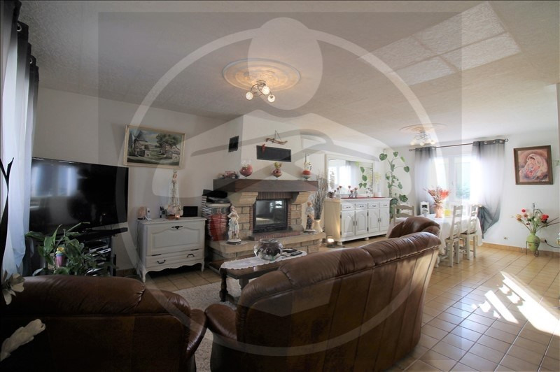 Vente maison / villa Chavanoz 349900€ - Photo 6
