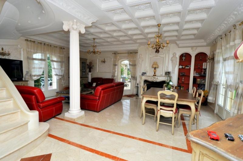 Sale house / villa Le val st germain 695000€ - Picture 4