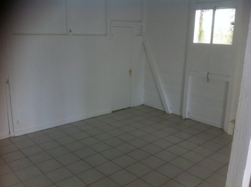 Rental empty room/storage Les abymes 800€ CC - Picture 2