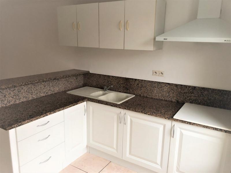 Rental apartment Méry-sur-oise 740€ CC - Picture 3