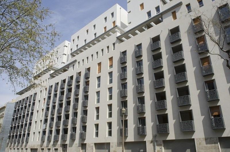 Location appartement Marseille 3ème 915€ CC - Photo 1