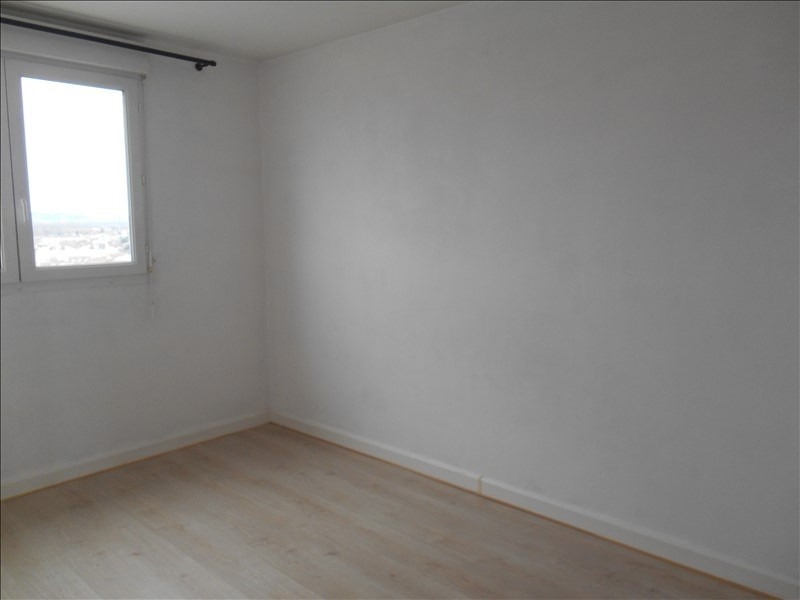Location appartement Troyes 669€ CC - Photo 8