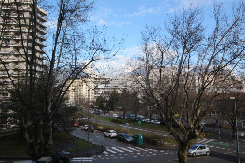 Rental apartment Grenoble 393€ CC - Picture 3