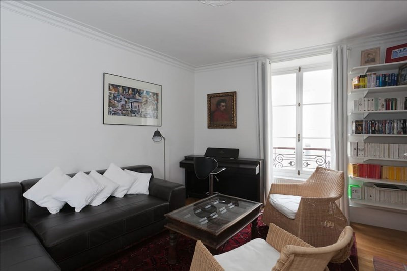 Rental apartment Paris 5ème 2285€ CC - Picture 2