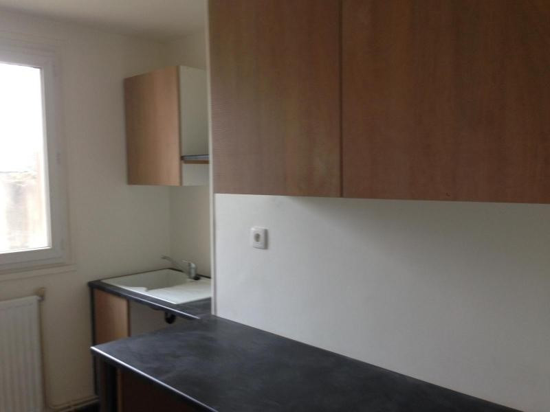 Location appartement Grenoble 585€cc - Photo 3
