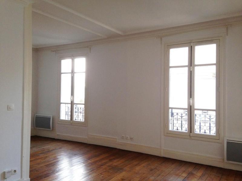 Location appartement Paris 11ème 1050€ CC - Photo 2